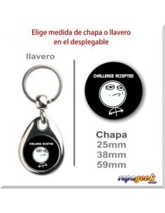 LL0396 Llavero o chapa Challenge accepted